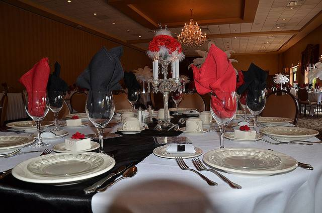 Red White Wedding Reception Table Decorations