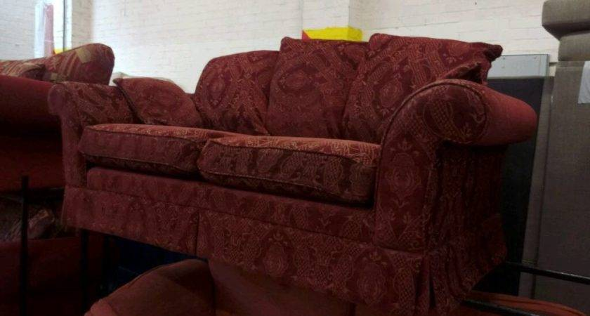 Seater Dark Red Sofa Del Available Newcastle Tyne