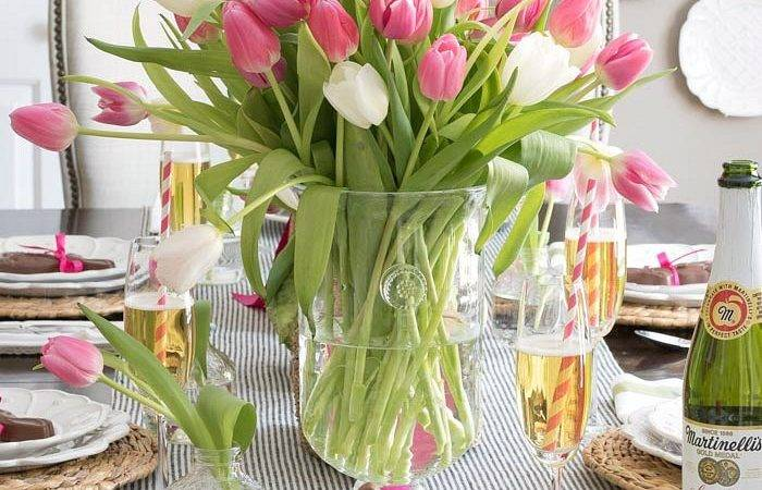 Setting Simple Easter Table Decorations Can