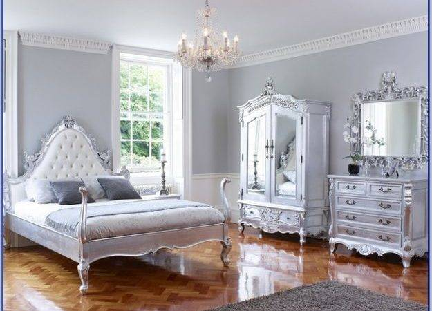 Silver Bedroom Decor Pierpointsprings All Has Shall