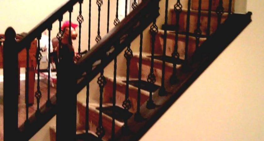 Simple Contemporary Staircase Balusters Railing