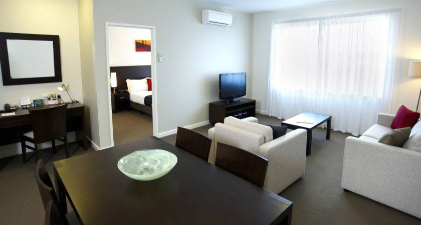 Small Bedroom Apartment Decorating Ide