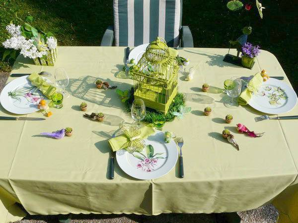 Table Decorating Ideas Spring Holiday Decor