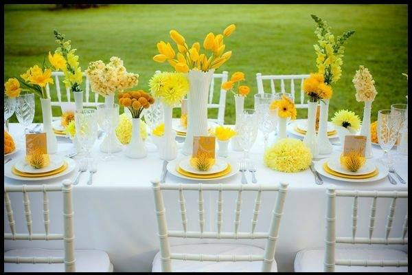 Table Decoration Green Yellow Colors Festive
