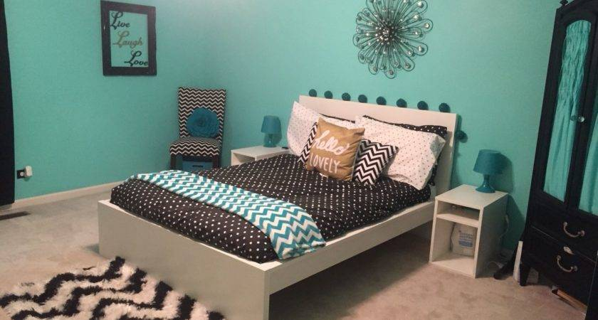 Teal Black White Gold Teen Girl Bedroom