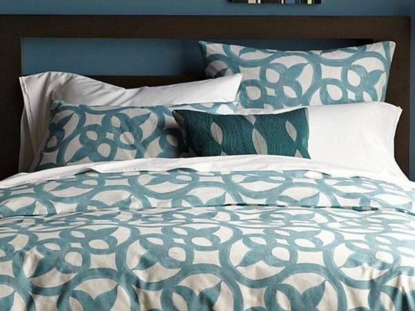 Teal White Bedding Geometry Check Out