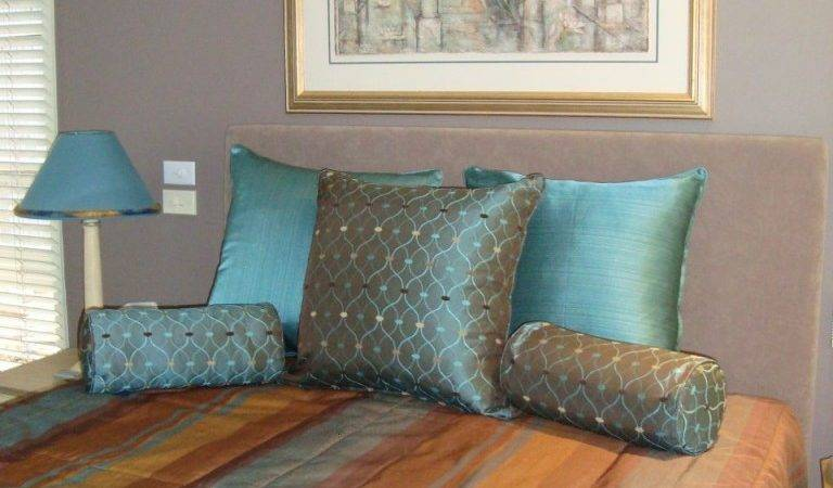 Tendency Towards Teal Inside Out