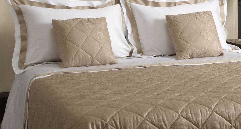 Top Luxury Bed Sheets One Set