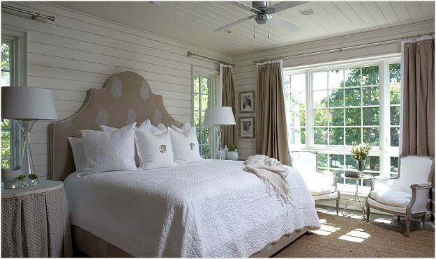 Tracery Interiors Lake House Alabama Bedroom Hooked