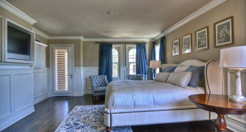 Traditional Guest Bedroom Crown Molding Chair Rail