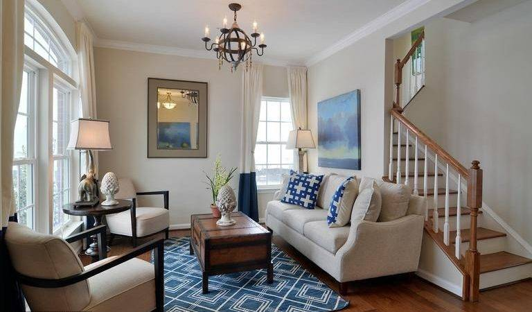 Traditional Living Room Zillow Digs