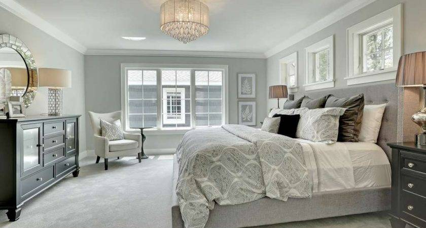 Traditional Master Bedroom Carpet Crown Molding