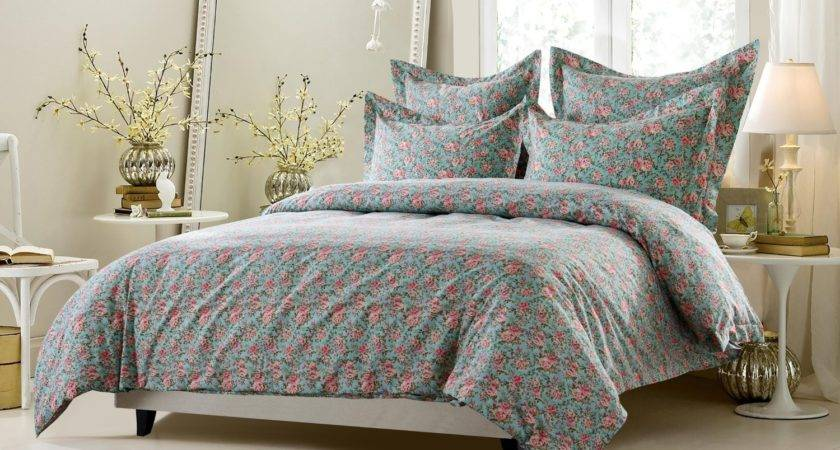 Traditional Multi Colored Floral Bedding Set Includes