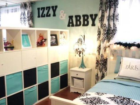Wall Has Names But Just Bed Now Wait Til Mom