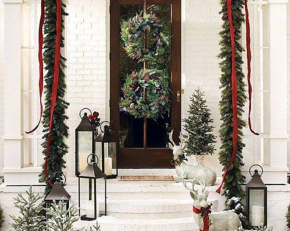 Welcoming Christmas Front Porch Cor Ideas Digsdigs