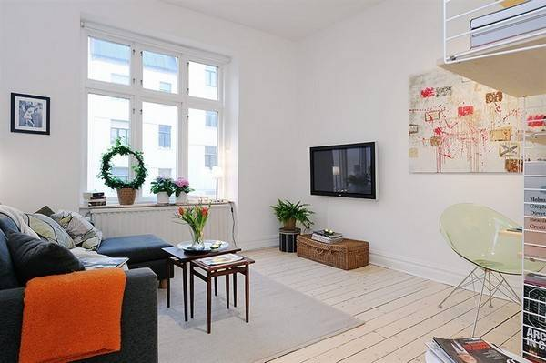 Well Planned Small Apartment Inviting Interior