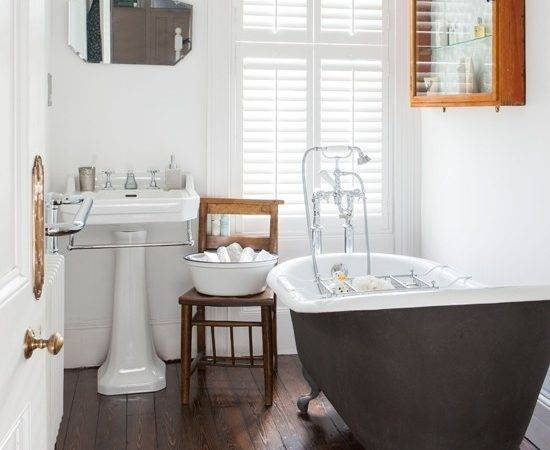 White Bathroom Wooden Floor Decorating