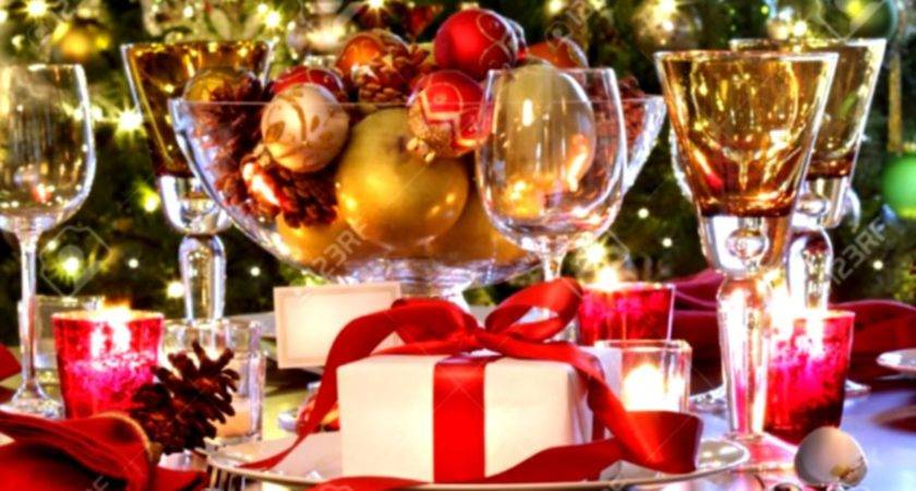 Wonderful Christmas Buffet Table Decorations Ideas
